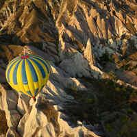Un ballon au dessus des montagnes (MONTAGNE, MONTAGNEEEE...)
